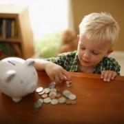 Inculquer à son enfant la notion d'économie pour le sauver